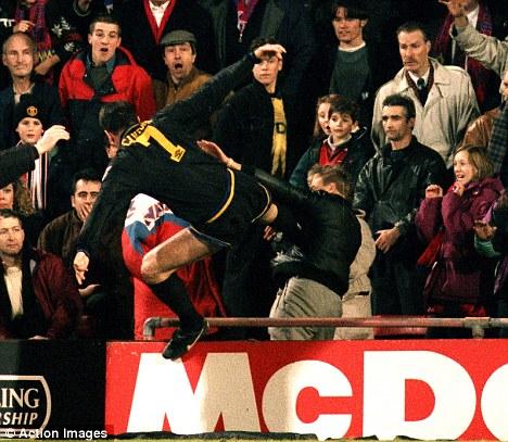 Eric Cantona Kungfu Kick